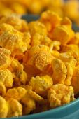 Homemade Cheddar Cheese Popcorn — Stock Photo