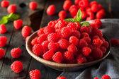 Fresh Organic Raw Raspberries — Stock Photo