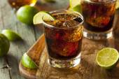 Rum and Cola Cuba Libre — Stock Photo