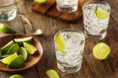 Alcoholic Gin and Tonic — Stock Photo