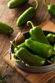 Biologische groene Jalapeno pepers — Stockfoto