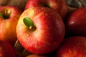 Raw Red Fuji Apples — Stock Photo