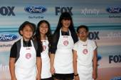 Masterchef Jr Contestants:  Sam, Berry, Natalie, Sean — Stock Photo