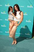 Roselyn Sanchez, Sebella Rose Winter — Foto Stock