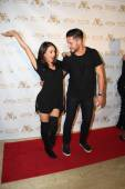 Janel Parrish, Val Chmerkovskiy — Stock Photo