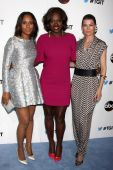 Kerry Washington, Viola Davis, Ellen Pompeo — Stock Photo