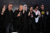 John Varvatos, Gregg Bissonette, Edgar Winter, Ringo Starr, Steve Lukather, Richard Page, Joe Walsh — Stock Photo
