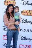 Jamie-Lynn Sigler, Beau Kyle Dykstra — Stock Photo