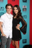 Jimmy Deshler, Haley Pullos — Stock Photo