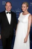 His Serene Highness Prince Albert II of Monaco, Her Serene Highness Princess Charlene — Stock Photo