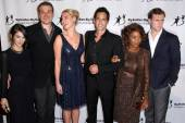 State of Affairs Cast, Sheila Vand, David Harbour, Katherine Heigl, Adam Kaufman, Alfre Woodard, Cliff Chamberlain — Stock Photo
