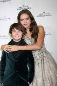 Max Charles, Bailee Madison — Stock Photo