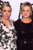 Lena Dunham, Amy Poehler — Stock Photo