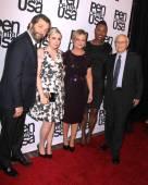 Lena Dunham, Judd Apatow, Amy Poehler, Aisha Tyler, Norman Lear — Stock Photo