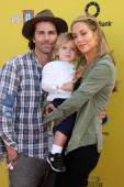 Greg Lauren, Sky Cole Lauren, Elizabeth Berkley — Stock Photo
