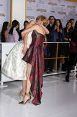 Jennifer Lawrence, Elizabeth Banks — Stock Photo