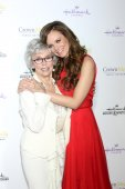 Rita Moreno, Rachel Boston — Stock Photo