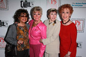 Guest, Mitzi Gaynor, Neile Adams, Carol Lawrence — Stock Photo