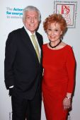 Dick Van Dyke, Carol Lawrence — Stock Photo