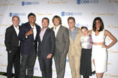 Miguel Ferrer, LL Cool J, Chris O'Donnell, Eric Christian Olsen, Barrett Foa, Renee Felice Smith, Daniela Ruah — Stock Photo