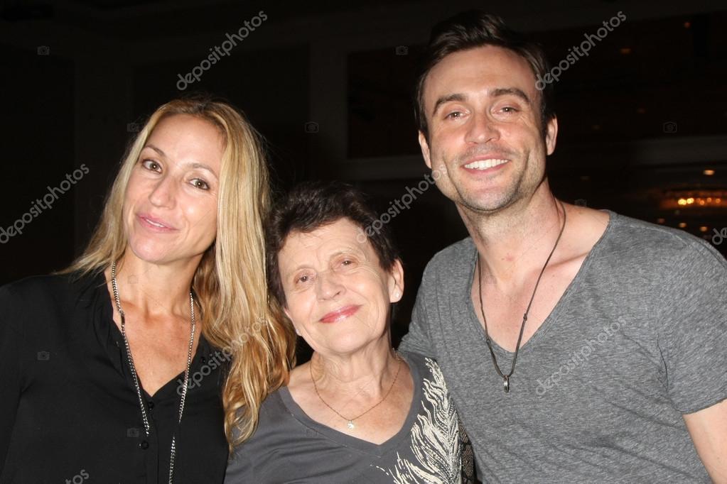 Daniel goddard and family