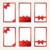 Rode geschenk bogen met linten. vector. — Stockvector