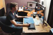 Sviluppatore freelance o designer, lavoro da casa — Foto Stock