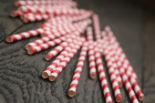 Vintage paper straws on wood table — Stockfoto