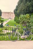 Bicycle in Caserta Royal Palace — Stock Photo