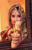Girl in traditional dress taking part in Desert Festival, Jaisal — Stock Photo