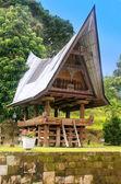Traditional Batak house on Samosir island, Sumatra, Indonesia — Stock Photo
