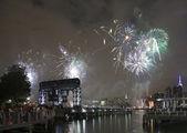Macy's fireworks celebration in New York City — Stock Photo