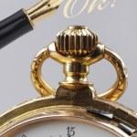 Relógio de bolso dourado vintage — Fotografia Stock  #63715959
