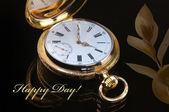 старинные золотые карманные часы — Стоковое фото