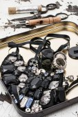 Sewing tools and jewelry — ストック写真