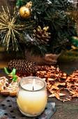 Kerstkaart met speelgoed en symbolen van de vakantie. — Stockfoto
