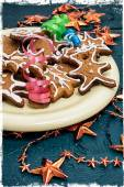 Tray with baked Christmas cookies — Foto de Stock