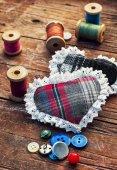 Isalnita-hart met spoelen van draad — Stockfoto