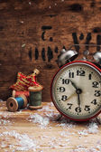 Clock and toys in vintage style — Stockfoto