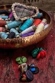 Hilos para costura — Foto de Stock