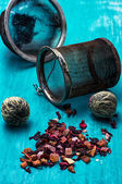 Leaves of the tea brewing — Stock Photo