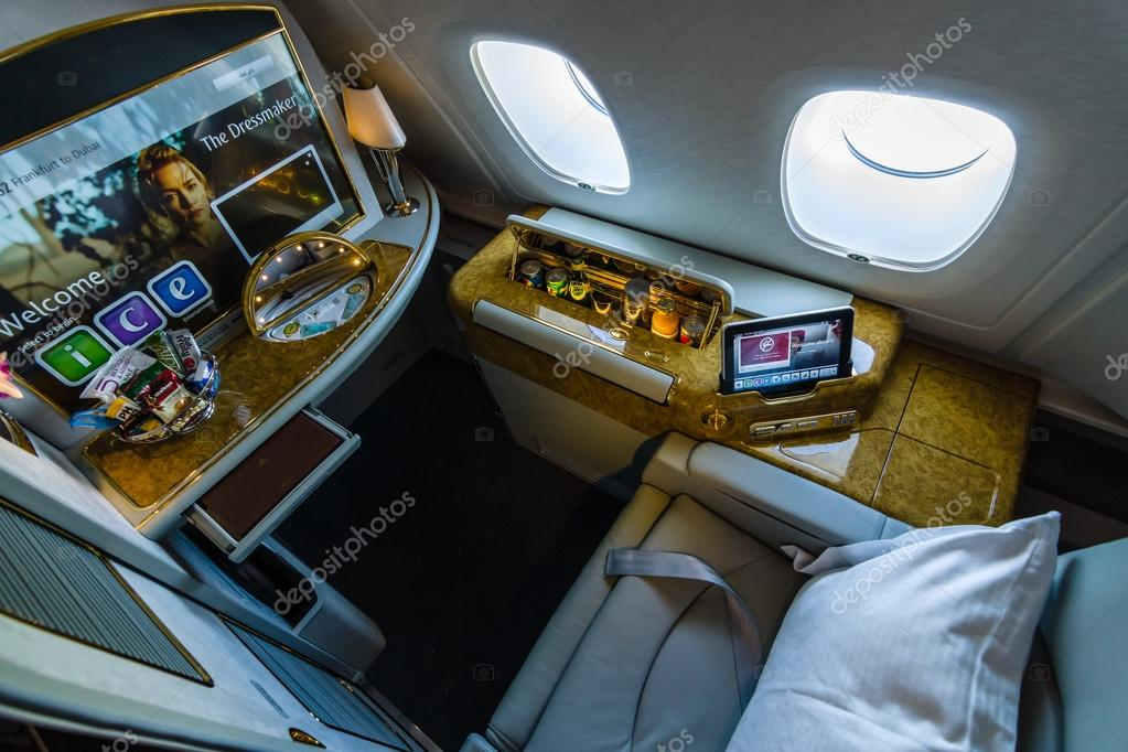 Int rieur de premi re classe du plus grand avion airbus for Interieur airbus a380