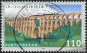 Postage stamp printed in Germany, shows a Goeltzsch Viaduct — Stock Photo