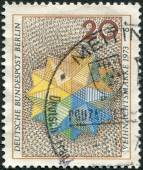 Postage stamp printed in Germany (West Berlin), shows a Christmas star — Foto de Stock