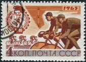 Postage stamp printed in USSR, devoted to the 8th Trade Unions Summer Games (Spartakiad), shows cycling — Stock Photo