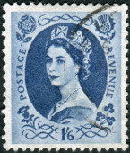 Postage stamp printed in England, shows a portrait of Queen Elizabeth II — Foto Stock