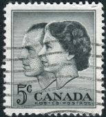 Postage stamp printed in Canada, dedicated to the Visit of Queen Elizabeth II and Prince Philip to Canada — Stockfoto