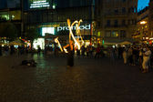 Evening performances of street artists on Wenceslas Square. Fire show — Stock Photo