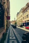 Rua e da vida cotidiana da cidade. Estilização. Tonificação. Praga é a capital e maior cidade da República Checa. — Fotografia Stock