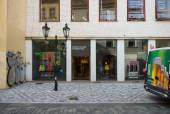 Benetton store. Benetton is a global fashion brand and has a network of over 6,500 stores in 120 countries. — Stock Photo